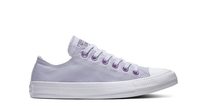 d0669543b883 Chuck Taylor All Star Hearts Low Top